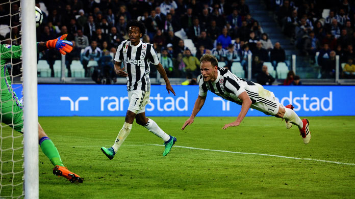 howedes-gol-juventus-sampdoria-aprile-2018